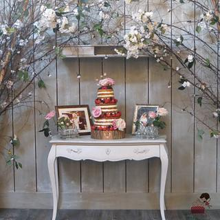 """Rustic """"Naked"""" Wedding Cakes"""