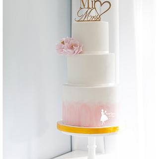 Pink watercolor wedding cake