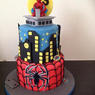 Spiderman - Cake by Suzanne