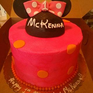 Minnie Mouse Cake, Smash Cake and Cupcakes