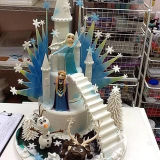"""3D Cake Frozen Themed"""