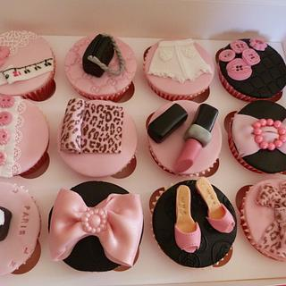 Fashion designer cupcakes - Cake by Cakes in France