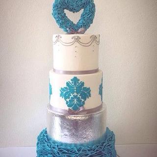 Love bird ruffle wedding cake