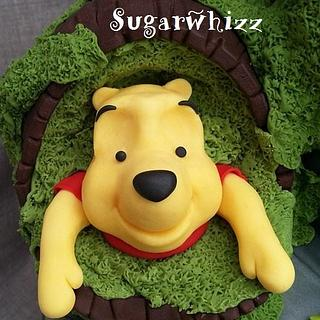 Winnie the Pooh - Up close and personal - Cake by Sugarwhizz