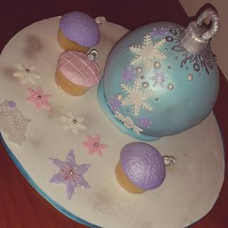 Christmas Bauble Frozen Style - Cake by FNQ Cake Share
