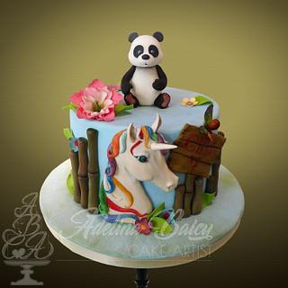Panda & unicorn cake