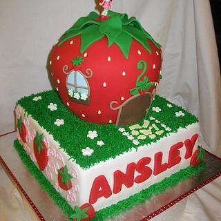 Strawberry Shortcake  - Cake by DoobieAlexander