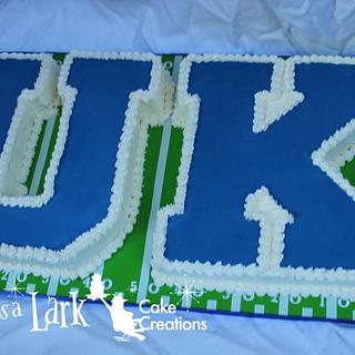University of Kentucky logo cake