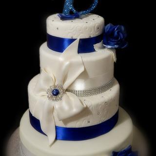 Blue & White cake ♥