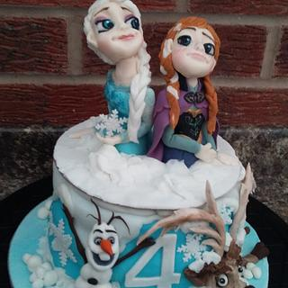 Elsa and Anna Topper Frozen cake