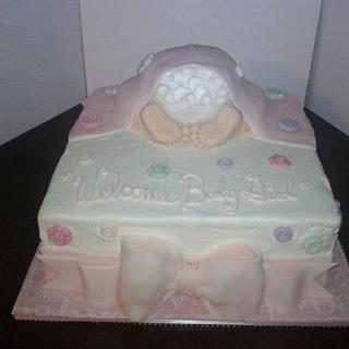 Baby ruffle rump cake