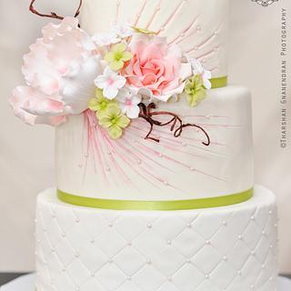 {Flower Burst} Wedding Cake