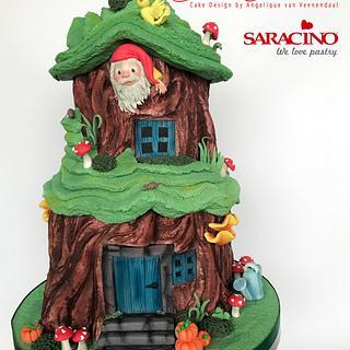 Gnome House cake