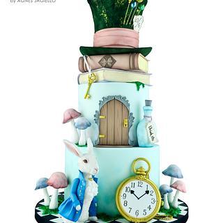 Alice in Wonderland - Cake by Crumb Avenue