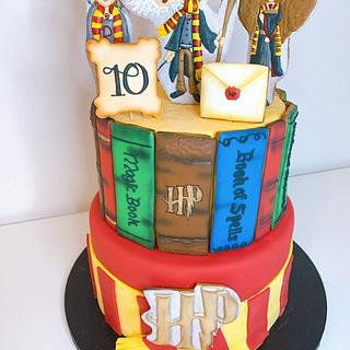 Harry Potter cake decorated with cookies
