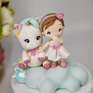 Unicorn cake topper  - Cake by Arianna