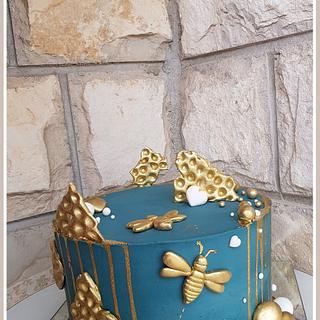 Bee bday cake - Cake by TorteMFigure