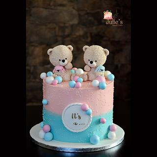 Boy or girl cake <3  - Cake by Julie's Sweet Cakes