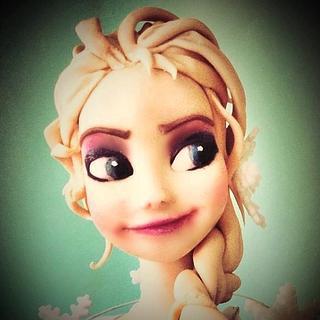 Elsa - Cake by Ele Lancaster