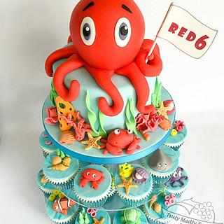 Under The Sea Octopus Cake and Cupcakes