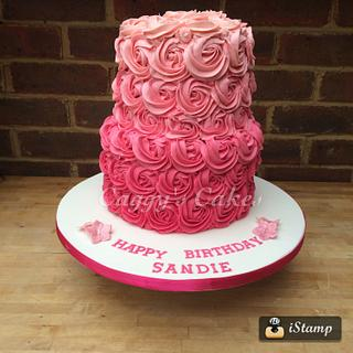 2 tier pink Ombre cake
