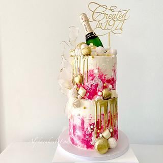 Champagne bubble Cake 💛🍾💛 - Cake by AlphacakesbyLoan