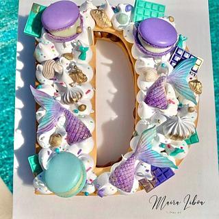 Letter cake - Cake by Maira Liboa