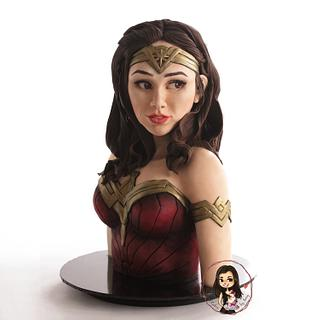 Wonder woman bust cake