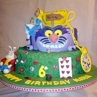 Alice in wonderland cake collaboration