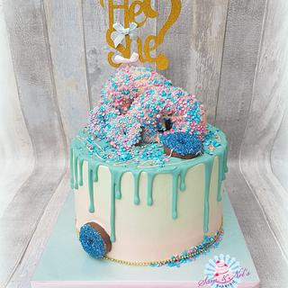 Gender reveal dripcake