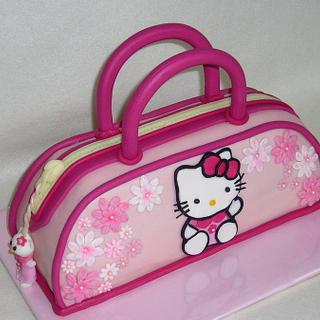 Kitty handbag cake