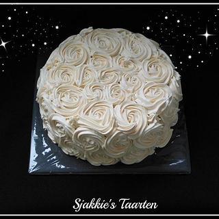 buttercream roses - Cake by Sjakkie's Taarten