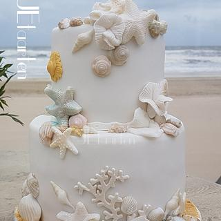 Beach weddingcake
