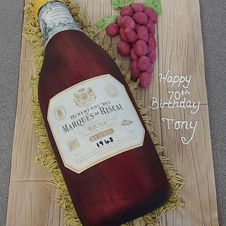 A Lovely Bottle of Rioja - Cake by Putty Cakes