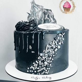 Black&Silver - Cake by Emily's Bakery