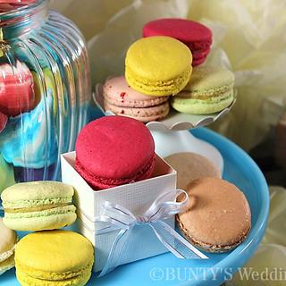Macarons and Meringue Kisses