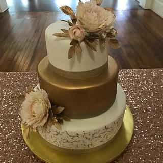 Gold Crackled Wedding Cake