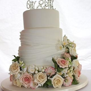Vintage Flowers - Cake by Its a Piece of Cake
