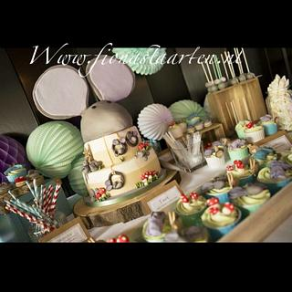 Sweet table the mouse house