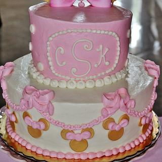 Minnie Mouse Gold and Pink cake