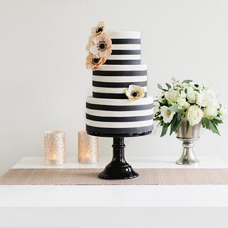 Black & White - Cake by Sugarlips Cakes