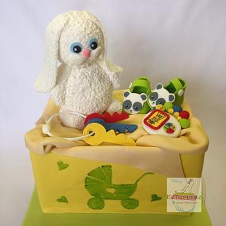 Baby shower gift box cake