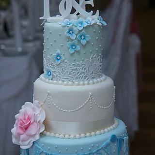 Vintage Wedding Cake - Cake by Su