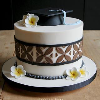 Graduation Cake with an Island theme