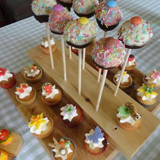 Cake pops and cupcakes - Cake by Leah Stevenson
