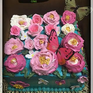 Butter cream flowers cake