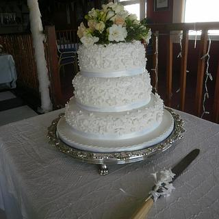 2nd wedding cake of the month