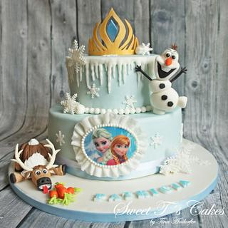 Sven and Olaf Frozen Cake