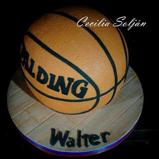 Walter Herrmann Basketball cake