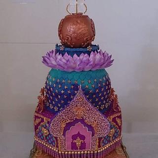 Royal wedding cake!!! 💕